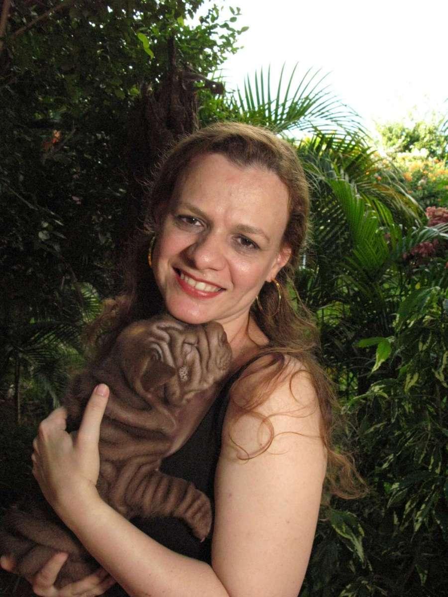 Rosana-e-filhota-chocolate-43-dias-16